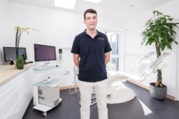 dentiste alexandre deleage st brice en c photo Yves Rousseau